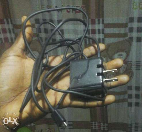 Playbook charger for sale at a giveAway price. Ibadan Central - image 1
