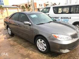 direct tokunbo 2004 Toyota Camry sport