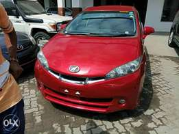 Toyota Wish red colour