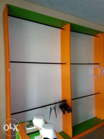 Clean furniture for shop. Three pieces floor to ceiling shelves. Badagry - image 5