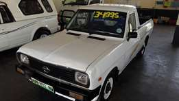 Nissan 1400 5 speed