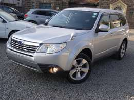 Subaru forester silver colour 2010 model excellent condition