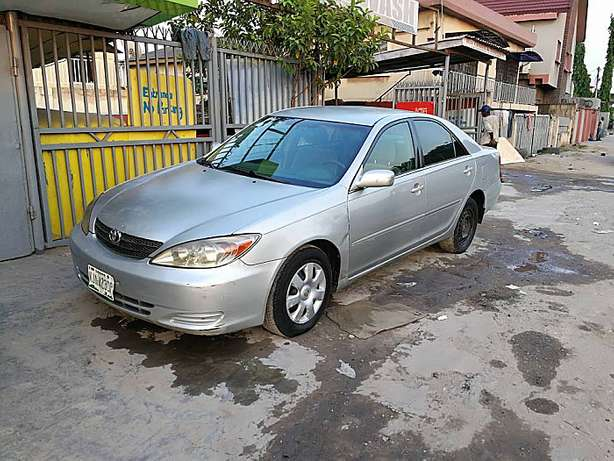 Less than a year used Toyota Camry (2003) Big Daddy Ikeja - image 1