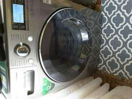 LG Washing Machine in perfect condition only for R800