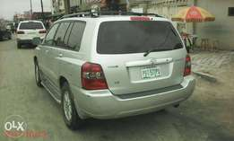 3 seaters 2005 highlander,1st body