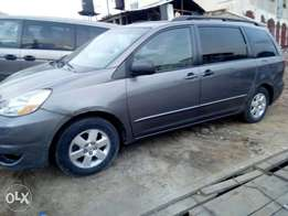 Nigerian used Toyota Sienna for sale