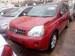 Nissan Xtrail Red 2500 cc engine Vvti Engine