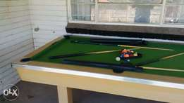 seconhand pool table