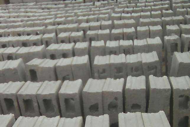 High quality 6 inches hollow blocks for buildings Port Harcourt - image 4