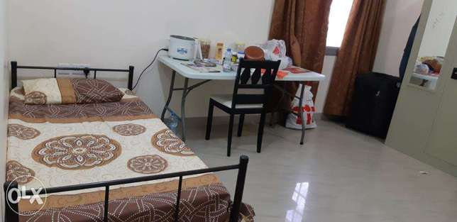 Bed Space in a 2 BHK Fully Furnished Flat in Ghala, neat & clean