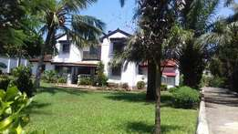 OUTSANDING 5 bedroom mansion with servant quarter, sitted on 1/2 acre