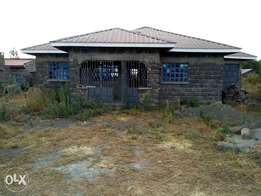 House for sale in LANET --Umoja 2