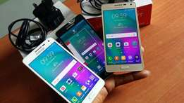 Neat Samsung Galaxy A5 Dual Sim with Charger