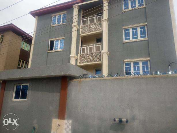 Nicely built 3bdrm flat ensuite at Maryland for 1.7m asking Lagos Mainland - image 1