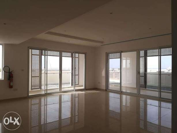 3 bedroom Panorama view & spectacular view in Al Mouj