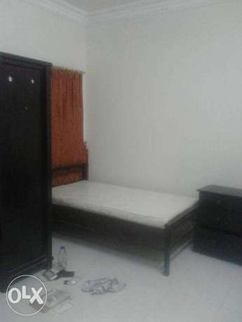 3 bhk flat for exec bachellors in old airport