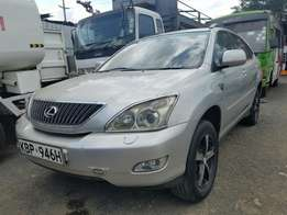 Lexus Harrier with sun roof on sale,buy and drive.