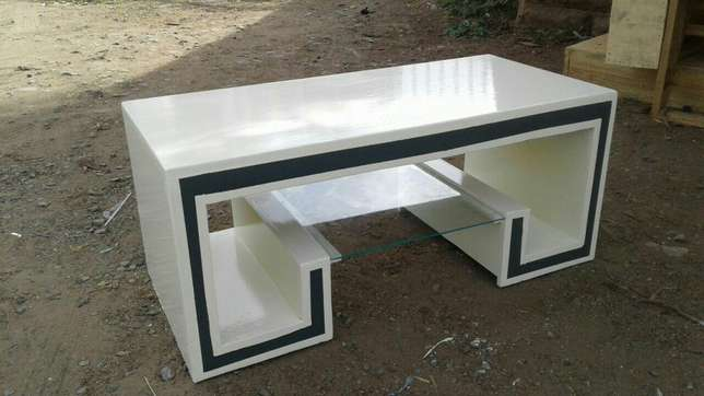 Coffee table with stools Donholm - image 5