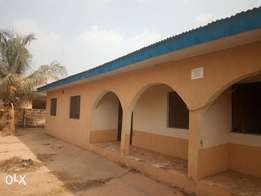 2 bed room flat to let at alejolowo close to futa north gate