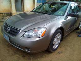 Clean Tokunbo Grade Nissan Altima at 650