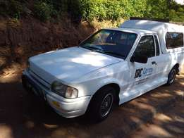 Bantam/Mazda Body-1600 Bakkie-Running,Rust in body