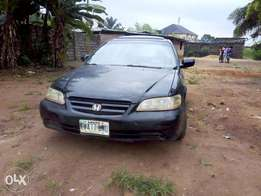 Honda accord with AC for sale very sharp buy and drive no issue