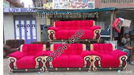 Very comfortable couch seven Seater