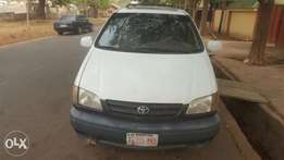 2001 Toyota Sienna XLE for sale
