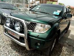Robust Nissan Navara double cabin pickup 2008 model