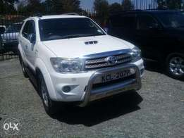 Toyota Fortuner Year 2011