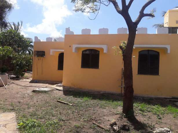 3bedroom house for sale with swimming pool Mtwapa - image 3