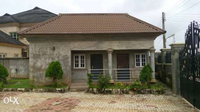 Duplex for sale Benin City - image 1