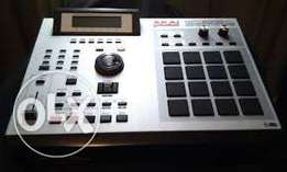 Akai mpc 2000 xl drum machine