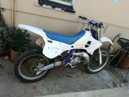 1994 yamaha yz125 2 stroke with kit up for grabs!