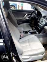 Toyota Camry SE. Clean (buy and drive)