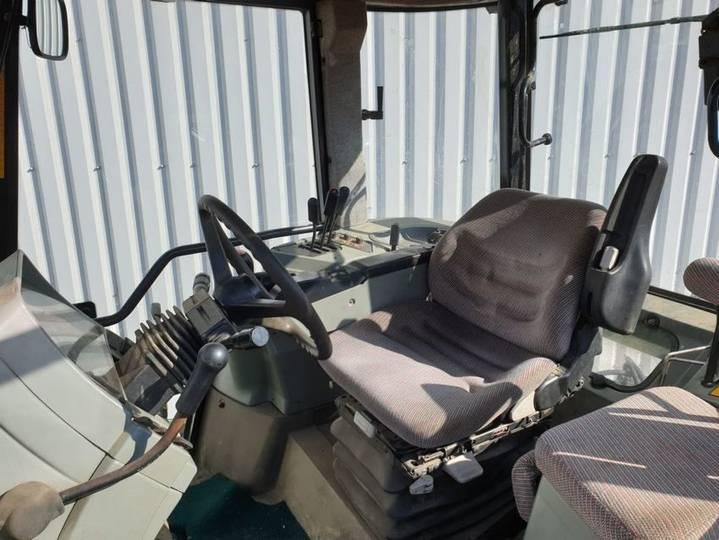 Massey Ferguson 8240 - 2000 - image 6