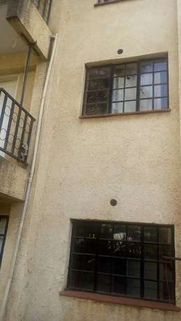 A Brock of 2BEDROM apartment 4sale in langata 3units. Langata - image 8
