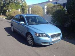 2006 VOLVO S40 2.4i nice and strong car with 151000kms