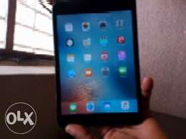 Apple IPad mini 64GB Cellular 3G