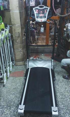 Tokunbo or Fairly Used 3.5hp Treadmill Surulere - image 1