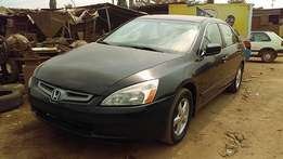 Honda Accord EX (2005)