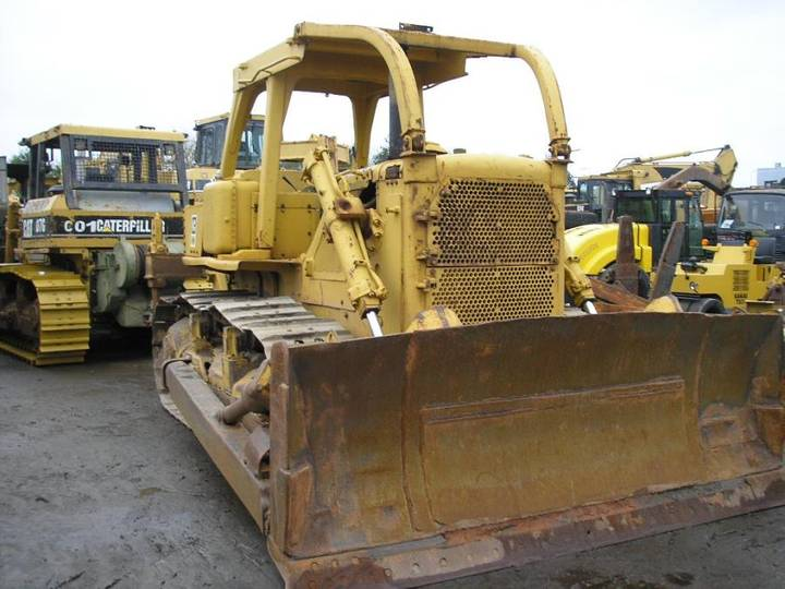 Caterpillar * D7G + MS Ripper * - 1980