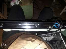 Dvd player in all well maintained condition going for 1300