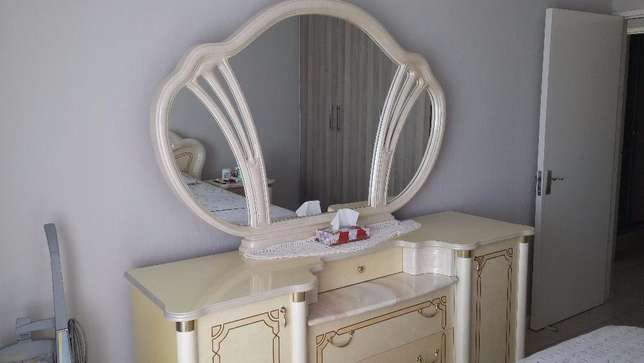 Imported Italian Cleopatra Bedroom suite East Rand Mall - image 1