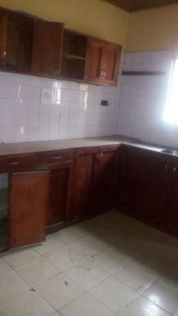Luxury 4bed Rooms Flat at Bankole Estate Magboro Behind MFM. CofO Lagos Mainland - image 3