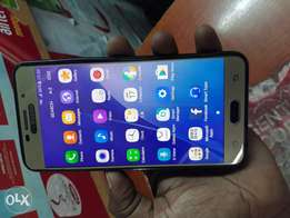 Samsung A7 (2016) 16GB , 3GB ram. Fingerprints.