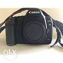 UK Used Canon 5d Mark II body only