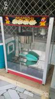 Popcorn Machine only two months old very good condition