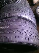 275/40/R20,Runflat on special for sale each is R1200