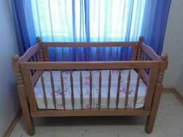 Solid Beach Wood Cot in Excellent Condition